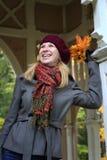 Leute: Herbstträumen stockbild