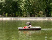 Leute im Boot Stockfoto