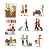 Leute im Flughafen-Überschreiten Lizenzfreie Stockfotos