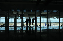 Leute im Flughafen stockfoto