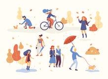 Leute im Herbst parken haben des Spaßes und gehen der Hund, Reitenfahrrad und springen auf die Pfütze und spielen mit Herbstlaub stock abbildung