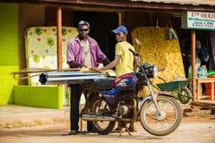 Leute im PORTO-NOVO, BENIN Stockbild