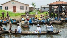 Leute im PORTO-NOVO, BENIN stockfoto