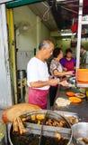 Leute im Restaurant in Georgetown, Penang, Malaysia Lizenzfreies Stockbild
