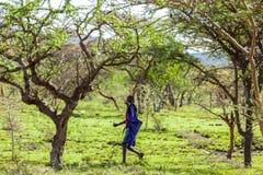 Leute in Kenia, die schwarzen Menschen, die Leben von Leuten in Afrika Lizenzfreies Stockbild