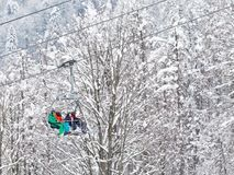Leute klettern das funikuläre in Sochi Lizenzfreies Stockfoto