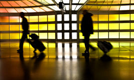 Leute mit Gepäck  Lizenzfreie Stockbilder