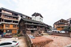 Leute nähern sich Bauplatz in Chengyang Stockbild