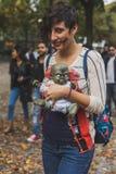 Leute nehmen am Zombie-Weg 2015 in Mailand, Italien teil Lizenzfreie Stockfotografie