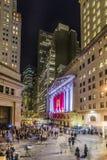 Leute schließen sich der Partei bei Wall Street wegen Ferraris Wall Street an Stockfotos