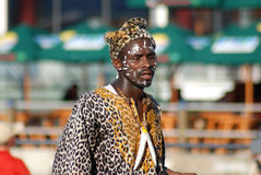 Leute tragen traditionelle Kleidung Lizenzfreies Stockbild