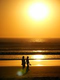 Leute u. Sonnenuntergang Lizenzfreies Stockfoto