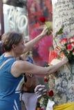 Leute vereinigten sich auf Barcelona-` s Rambla nach Terrorist atack wieder Stockbild