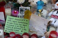 Leute vereinigten sich auf Barcelona-` s Rambla nach Terrorist atack wieder Lizenzfreie Stockfotos