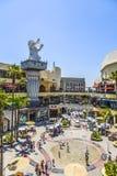 Leutebesuch Hollywood und Hochland-Mitte Stockbilder