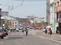 Leuteeile zur Wiederholung von Victory Parade stockfoto