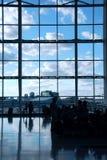 Leuteflughafen lizenzfreie stockbilder