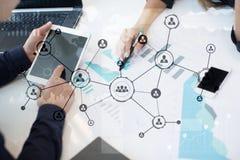 Leuteikonen-Struktur Soziales Netz Stunde Personalwesen-Management Geschäftsinternet und Technologiekonzept stockfoto