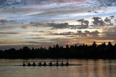 Leuterudersport am Sonnenaufgang Stockfotos