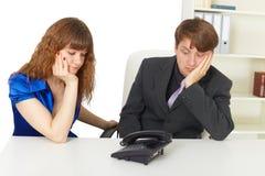 Leutewartezeit für Ihren Aufruf im Büro Lizenzfreies Stockbild