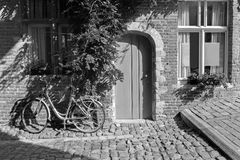 Leuven - Bicycle in front of house Royalty Free Stock Photos