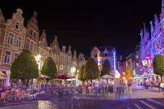 Leuven - het Nachtjaponleven op Oude Markt Stock Afbeeldingen