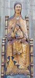 Leuven - Neogotisch polychrome standbeeld van Madonna in st. Peters gotische kathedraal Royalty-vrije Stock Afbeeldingen