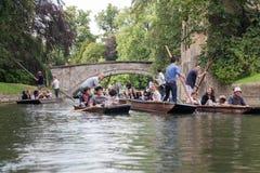 Leva Cambridge Inglaterra del río Imagenes de archivo