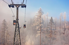 Levage de Cabine dans haut Tatras Photographie stock libre de droits
