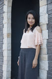 Levantamento asiático bonito da mulher. Fotografia de Stock Royalty Free