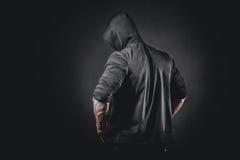 Levantamento masculino muscular do halterofilista imagens de stock