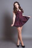 Levantamento modelo da menina no estúdio Fotografia de Stock Royalty Free