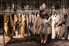 Levantamento modelo na feira profissional de Mipap em Milão, Itália Foto de Stock Royalty Free