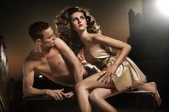 Levantamento 'sexy' dos pares Imagens de Stock Royalty Free