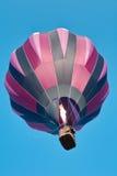 Levantamiento del globo del aire caliente Fotografía de archivo libre de regalías