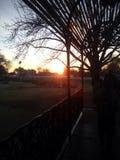 Levantamiento del sol de la mañana Fotos de archivo libres de regalías