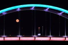 levantamiento rojo de la luna Fotografía de archivo