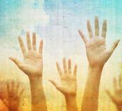 Levantando as mãos Imagem de Stock