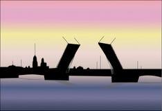 Levantando a ponte de Petersburgo Foto de Stock Royalty Free