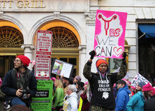 Levantar-se para direitos do ` s das mulheres Fotografia de Stock Royalty Free