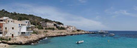Levanzo port, wyspa Levanzo, Sicily, Włochy zdjęcie royalty free