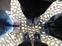 Levarsi in piedi insieme Fotografia Stock Libera da Diritti