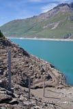 level mätningsvatten för fördämning Arkivbilder