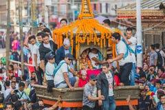 Levende God - Kumari in Kar in Indra Jatra Festival in Katmandu royalty-vrije stock foto
