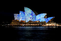 Levendige het Huis van de Opera van Sydney stock fotografie
