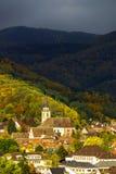 Levendige kleuren van de herfstwijngaarden in Andlau, de Elzas Royalty-vrije Stock Afbeelding