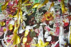 Levendige kleurrijke wasachtige druppelsverf De abstracte achtergrond van de waterverfverf Stock Foto's