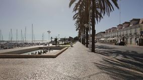 Levendige straten van de stad Vila Real Santo Antonio portugal stock footage