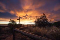 Levendige Zonsondergang over Mornington-Schiereiland stock foto's