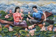 Levensstijl en familiefoto's op de muren van de tempel Stad van Bangkok, Thailand royalty-vrije stock fotografie